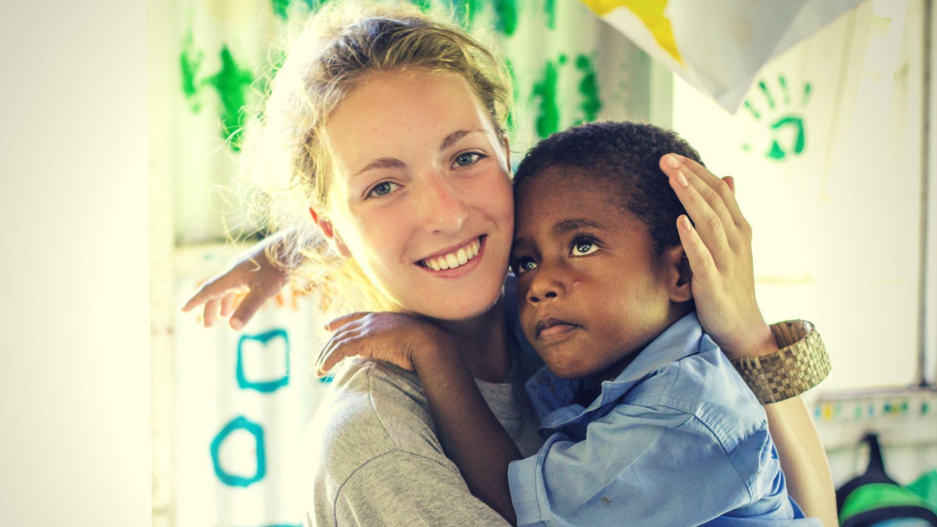 volunteering in fijian children
