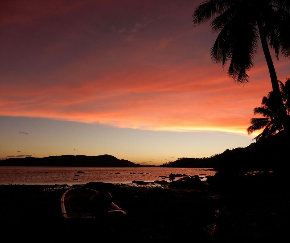 picture of fiji sunset